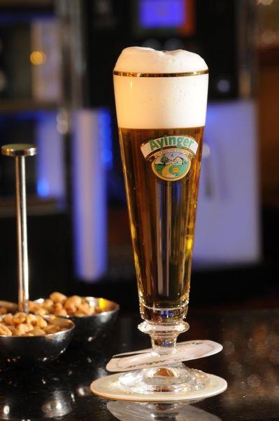 ayinger-bier-rosis-bar-hotel-erb-muenchen-parsdorf