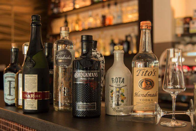 kleine-bar-re-spirituosen